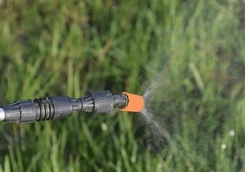 定向喷洒除草剂